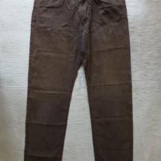 Blugi Hugo Boss Montana Made in Italy; marime 32/34, vezi dimensiuni exacte - Blugi barbati, Culoare: Din imagine