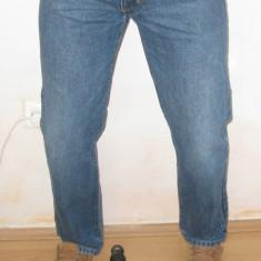 Blugi barbati Armani, Lungi, Drepti, Normal - Blugi Originali ARMANI Jeans W 34 L 32 Clasici ( Talie 86 / Lungime 107 )