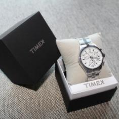 Ceas TIMEX Silver Chrono Indiglo Lady Original 100% (Bratara Metalica / NOU) - Ceas dama Timex, Casual, Quartz, Inox, Cronograf