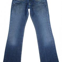 Blugi DIESEL - Made in Italy - (MARIME: 24) - Talie = 60 CM / Lungime = 100, 5 CM - Blugi dama Diesel, Culoare: Albastru, Bootcut, Normal, Joasa