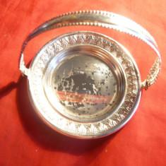 Suvenir- metal argintat- Cosulet - Sinaia Castel Peles, D= 8, 5 cm
