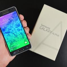 Telefon mobil Samsung Galaxy Alpha, Argintiu, Neblocat, Quad core - Samsung Galaxy Alpha, gri, 32gb cu garantie - Octombrie 2016