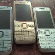 Telefon Nokia E52 / 3 culori disponibile / ultimile bucati in stoc - Telefon mobil Nokia E52, Auriu, Neblocat
