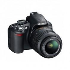 Aparat foto Nikon D3100 AF-s 18-55mm VR DX + accesorii CADOU !