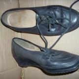 pantofi dama  piele marimea 38 1/2