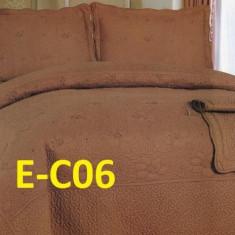 Cuvertura de pat bumbac brodat EC06