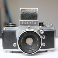 Vand Exakta VX1000 cu obeictiv Carl Zeiss 2.8/50 - Aparat Foto cu Film Exakta