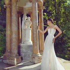 Rochie de mireasa Natalia Vasiliev, colectia 2015 - Rochie de mireasa sirena