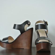 Sandale cu platformă ALDO noi, 230 lei - Sandale dama Aldo, Marime: 39, Culoare: Negru, Piele naturala