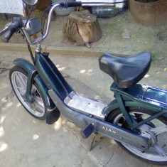 Scuter Piaggio - Moped Piaggio Ciao