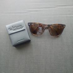 Ochelari de soare Ray Ban Wayfarer, Unisex, Maro, Plastic, Protectie UV 100%