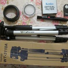 Telecomanda Nikon Tripod WT-3110A Filtru UV 52mm Parasolar Nikon HB-45 pensula