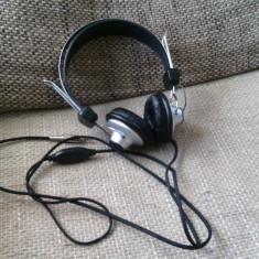 Headphones, casti T.Bone HD660, ca noi.