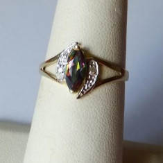 Inel aur - Inel 9k aur galben cu Topaz si Diamante