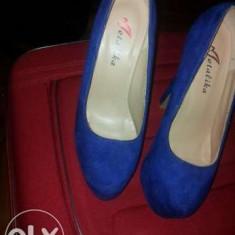 Pantofi dama, Piele intoarsa - Pantofi toc inalt si platforma