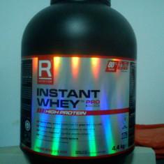 Supliment nutritiv - Vand WHEY INSTANT 4.4Kg constanta 80%proteina la 100 de grame