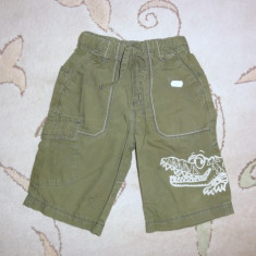 Haine Copii 4 - 6 ani, Bermude, Baieti - Bermude de vara kaki crocodil, marca Next, baieti 3-4 ani/ 104 cm