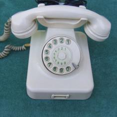 Telefon fix vechi de posta anul 1952