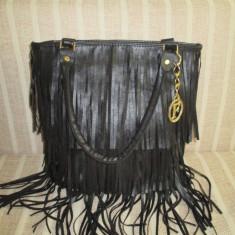 Geanta dama neagra mare franjuri Fashion+CADOU, Culoare: Negru