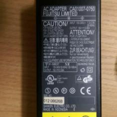 Alimentator Incarcator Laptop Fujitsu Siemens Fujitsu 16V 3.36A, Incarcator standard