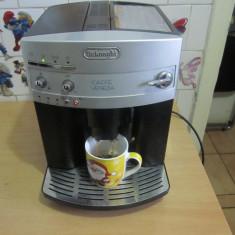 Espressor automat Delonghi, Espresso, 15 bar, 1300 W - Aparat de cafea Expresor automat DeLonghi Venezia model EAM3100 la 15 Bar