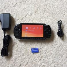 PSP Sony Modat PERMANENT+card 4 GB PRO DUO(36 jocuri pe card)+ incarcator+cablu date