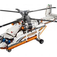 LEGO Technic - Elicopter de transporturi grele (42052)