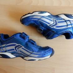 Adidasi Geox Sport cu luminite successive in spate; marime 30 (20 cm talpic) - Adidasi copii, Culoare: Din imagine