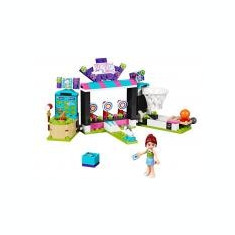 Sala de jocuri din parcul de distractii - LEGO Friends