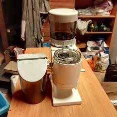 Masina de macinat Cafea Briel Model CG3 cu dozator cafea - Rasnita Cafea
