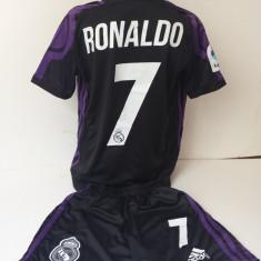 Echipamente sportive fotbal copii REAL MADRID - RONALDO model nou negru cu mov - Set echipament fotbal, Marime: Alta