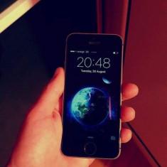 IPhone SE 16GB - Telefon iPhone Apple, Gri