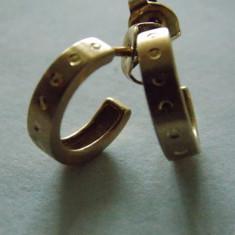Cercei aur 9k, Culoare aur: Galben