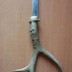 Cutit cu maner din corn de cerb - Briceag/Cutit vanatoare