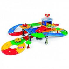 Masinuta electrica copii - Kids Car 3D Mega-Garaj Cu O Lungime Pista 5.5