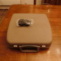 Masina de scris portabila +banda cadou