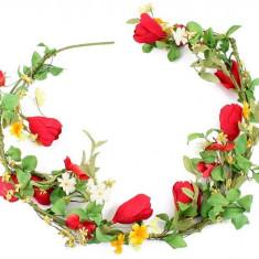 Goblen - Ghirlanda flori rosii