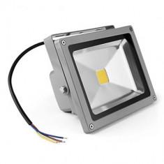 PROIECTOR LED 10W ECHIVALENT 100W 900 LUMENI IP65 ILUMINAT EXTERIOR 220V
