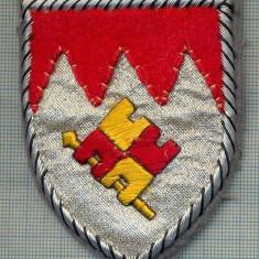 Uniforma militara - 86 - EMBLEMA MANECA - MILITARA?-POLITIE? -GERMANIA -BREMEN?-starea care se vede