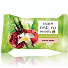 Săpun protector cu extracte din vanilie şi rodie Nature Secrets (Oriflame)