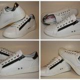 Sneakers MOSCHINO model 56107
