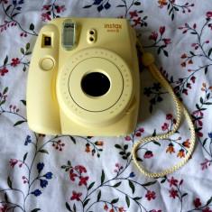 Camera foto instant - Fujifilm Instax mini 8 - Aparat Foto cu Film Polaroid