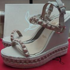 Sandale cu platforma CHRISTIAN LOUBOUTIN Cataclou - PE STOC - Super Promotie!!! - Sandale dama Christian Louboutin, Marime: 39, Culoare: Nude, Piele naturala