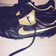 Ghete fotbal crampoane Nike, Marime: 41, Culoare: Negru