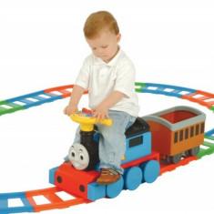 Trenulet Electric Copii Thomas Cu Traseu Din Sine 6V - Trenulet de jucarie