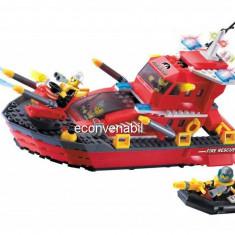 Joc tip lego, Nava de Pompieri cu 4 Pompieri 906 - Jocuri Seturi constructie