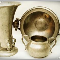 LOT 3 OBIECTE VECHI DIN COSITOR: BOL ADÂNC, OLCUȚĂ ȘI CUPĂ ÎNALTĂ, TOATE - 1 KG! - Metal/Fonta, Ornamentale