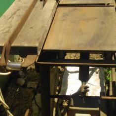 Abrick, strung lemn