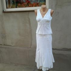 Costum brodat dama mar. 40 / M - Costum dama, Culoare: Din imagine