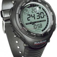 Ceas barbatesc Suunto, Sport, Altimetru, 30 m / 3 ATM - Ceas Suunto OUTDOOR SS010600110 Vector Black - NOU